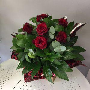 red, roses, hand tie, valentine's,