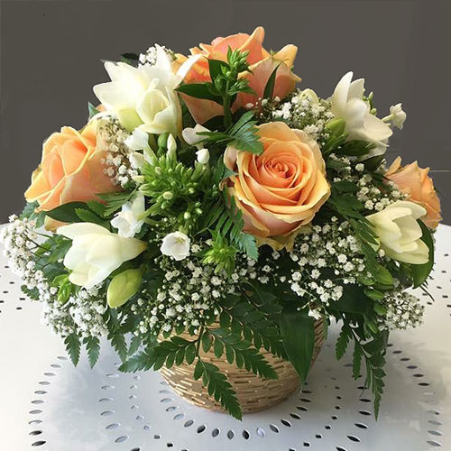 Arrangement in a container